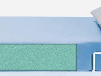 Matratze (Schaumstoff) mit PU-Überzug in hellblau