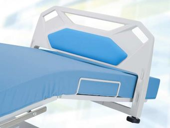 Footrest adjustable electrically