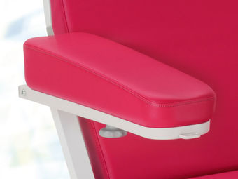 Wedge-shaped foam armrests  of imitation leather incl. hand switch holder, right and left