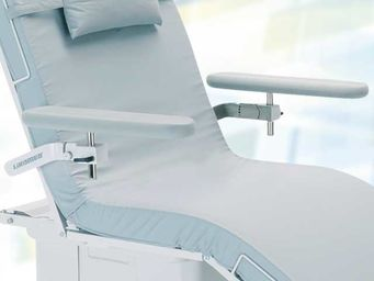 Two removable grey full foam (foamed) armrests rotatable, folding upwards, tiltable and height adjustable