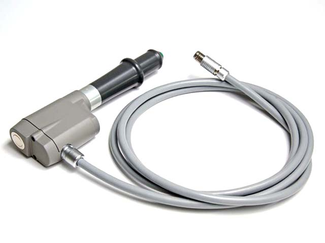 Handpiece with 2.5 meters of connection cable